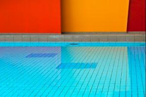 Acabados para piscinas recubrimiento del vaso for Recubrimientos para piscinas