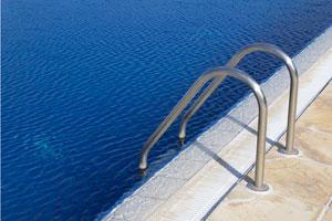 Elementos y partes de la construcci n de piscinas for Partes de una piscina