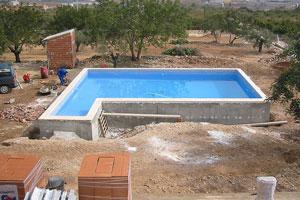 C mo planificar la construcci n de una piscina - Como construir una piscina de bloques paso a paso ...